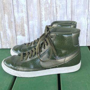 Nike Blazer Snakeskin Army Green Mid Sneaker